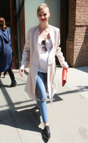 rs_634x1024-150503150415-634-jaime-king-new-york.ls.5315